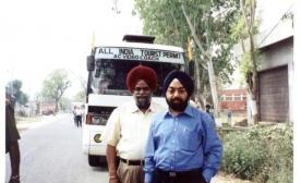 Mr.-M.-Masud-Khaddarposhs-Daughter-Shereen-India-visit-003